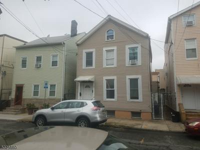182 CHESTNUT ST, Newark City, NJ 07105 - Photo 1