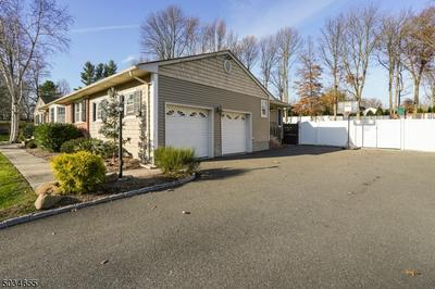 11 KEVIN RD, Scotch Plains Twp., NJ 07076 - Photo 2