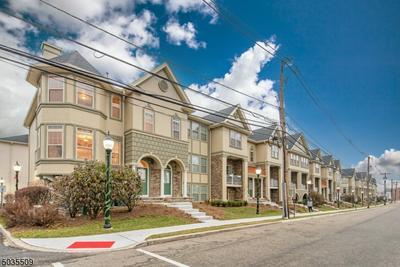 702 GREEN LN, Union Twp., NJ 07083 - Photo 2