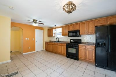 534 W 6TH ST, Plainfield City, NJ 07060 - Photo 2