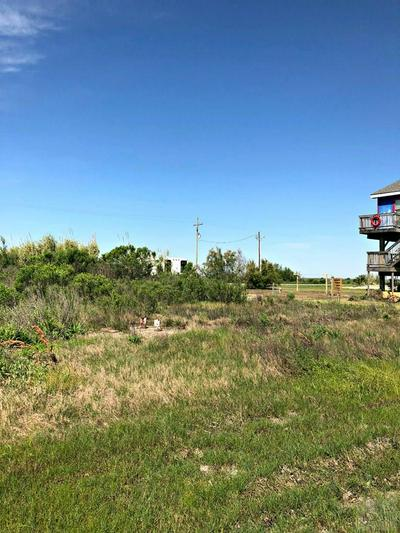 1061 GULF SUPPLY RD, Gilchrist, TX 77617 - Photo 2