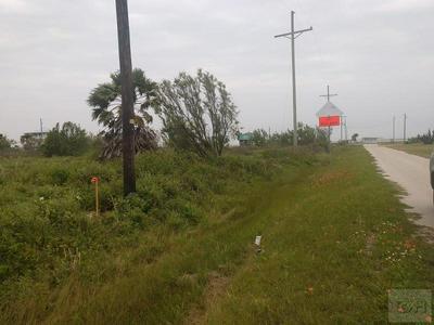 1114 ROLLOVER CIR, Gilchrist, TX 77617 - Photo 1