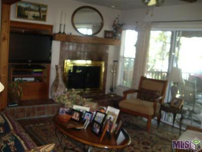 10233 ISLAND RD, Ventress, LA 70783 - Photo 2