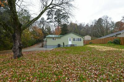 1129 MOUNTAIN CREEK RD, Chattanooga, TN 37405 - Photo 2