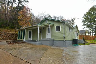 1129 MOUNTAIN CREEK RD, Chattanooga, TN 37405 - Photo 1