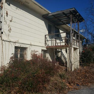 1628 JOHN ROSS RD, Chattanooga, TN 37412 - Photo 2