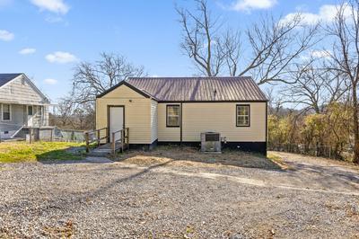 404 WARREN ST, Rossville, GA 30741 - Photo 1