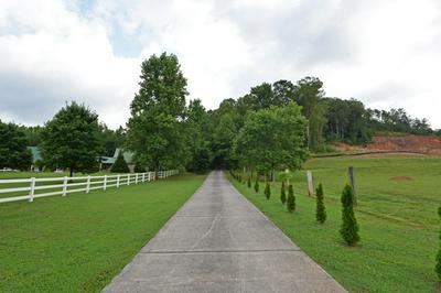 7235 WHITE OAK VALLEY CIR, McDonald, TN 37353 - Photo 2
