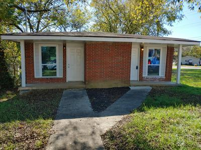2002 COOLEY ST, Chattanooga, TN 37406 - Photo 2