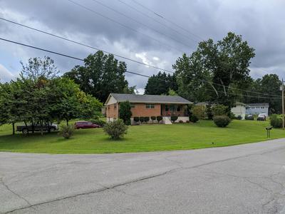 1004 E VALLEY DR, Rossville, GA 30741 - Photo 1
