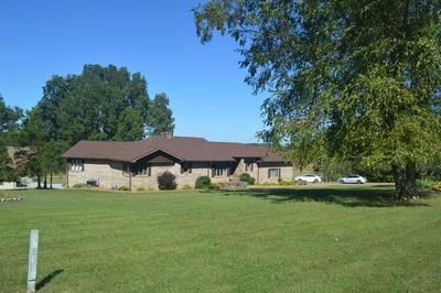 110 HICKORY HILL DR, Estill Springs, TN 37330 - Photo 2