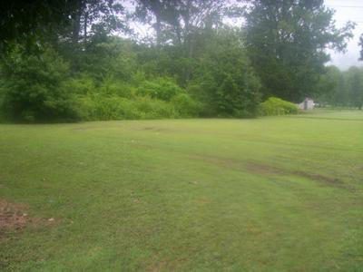 107 JOSHUA CIR, Whitwell, TN 37397 - Photo 2