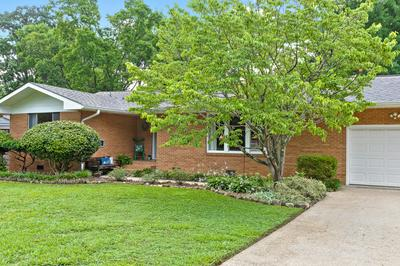 108 S SWEETBRIAR AVE, Chattanooga, TN 37411 - Photo 2