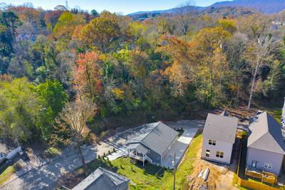 123 EVERLY DR, Chattanooga, TN 37405 - Photo 2