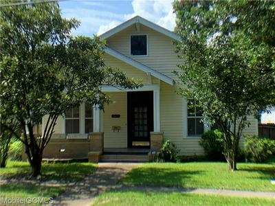 2401 SPRING HILL AVE, MOBILE, AL 36607 - Photo 1