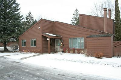 3720 CHERRY ST APT P64, GRAND FORKS, ND 58201 - Photo 2