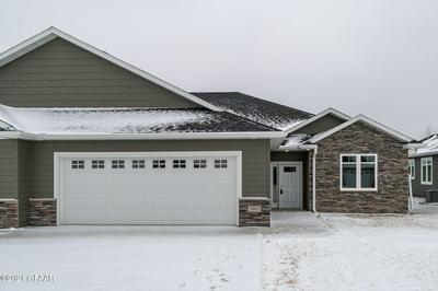 3805 DIAMOND DR, GRAND FORKS, ND 58201 - Photo 1