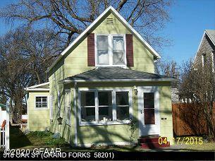 516 OAK ST, GRAND FORKS, ND 58201 - Photo 1