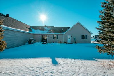 2914 40TH AVE S, GRAND FORKS, ND 58201 - Photo 2