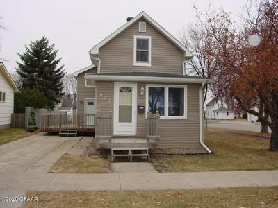 821 2ND AVE NE, EAST GRAND FORKS, MN 56721 - Photo 1