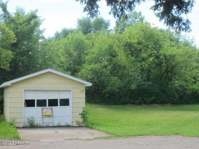 311 DIVISION AVE N, CAVALIER, ND 58220 - Photo 2