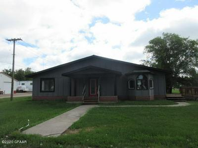 404 GRANT ST, EDMORE, ND 58330 - Photo 1