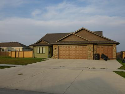 5915 WYDOWN DR, GRAND FORKS, ND 58201 - Photo 1