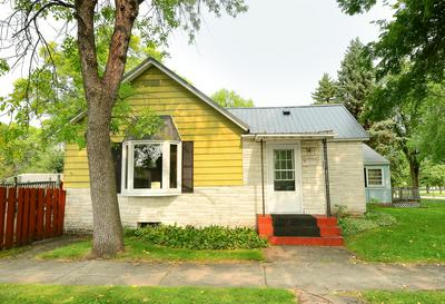 1134 11TH S STREET, GRAND FORKS, ND 58201 - Photo 1