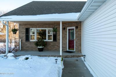 943 6TH AVE SE, EAST GRAND FORKS, MN 56721 - Photo 2