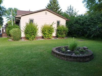 422 HILL AVE, STEPHEN, MN 56757 - Photo 2