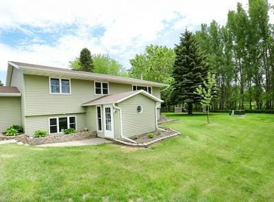 304 CRESCENT DR, THOMPSON, ND 58278 - Photo 2