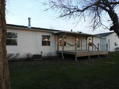 2001 PRAIRIEWOOD LN, WARWICK, ND 58381 - Photo 2