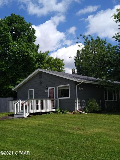 630 20TH ST NW, EAST GRAND FORKS, MN 56721 - Photo 1