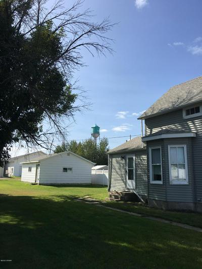 105 ELIZABETH ST, CAVALIER, ND 58220 - Photo 2