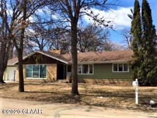 303 E 2ND AVE N, CAVALIER, ND 58220 - Photo 1