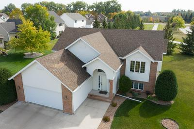 3997 15TH AVE S, GRAND FORKS, ND 58201 - Photo 2