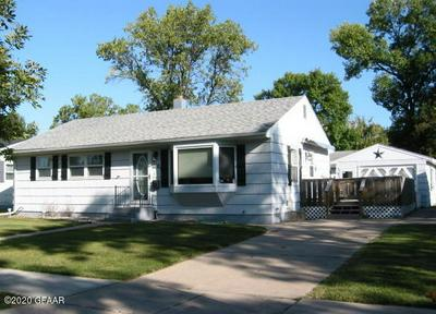 1102 23RD AVE S, GRAND FORKS, ND 58201 - Photo 1