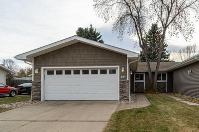 821 S 24TH ST, GRAND FORKS, ND 58201 - Photo 1