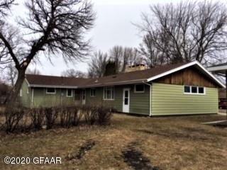 303 E 2ND AVE N, CAVALIER, ND 58220 - Photo 2