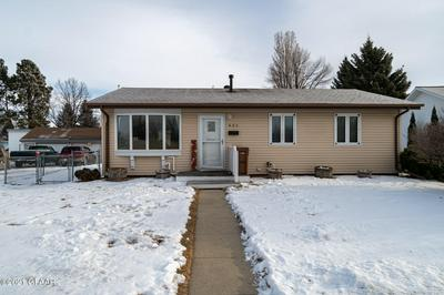 621 5TH AVE SE, EAST GRAND FORKS, MN 56721 - Photo 1