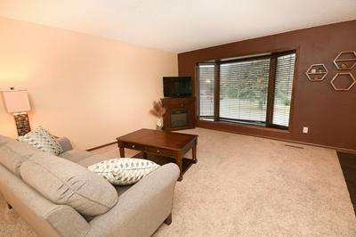 51 SLOPING HILLS CV, GRAND FORKS, ND 58201 - Photo 2