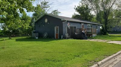 703 2ND AVE, PETERSBURG, ND 58272 - Photo 2
