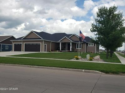 5496 S 14TH ST, GRAND FORKS, ND 58201 - Photo 1