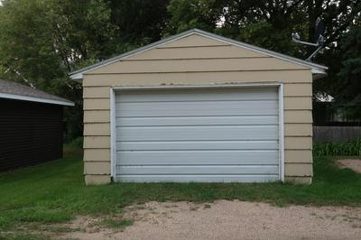 608 BRIGGS AVE S, PARK RIVER, ND 58270 - Photo 2