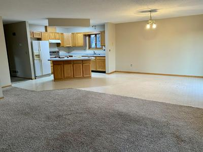 461 BURDICK CT, GRAND FORKS, ND 58203 - Photo 2