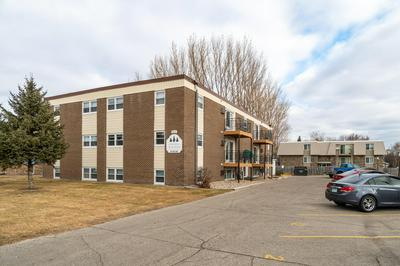 2014 8TH AVE NW, E GRAND FORKS, MN 56721 - Photo 2