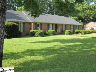 204 YORK ST, Clinton, SC 29325 - Photo 2