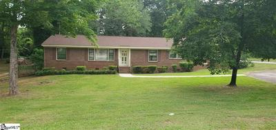 207 GLENDALE AVE, Laurens, SC 29360 - Photo 1