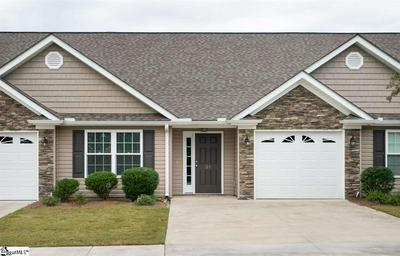 39 EAGLECREST CT, Simpsonville, SC 29681 - Photo 1