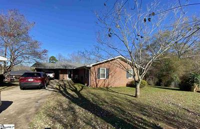 401 FOREST HILLS DR, Williamston, SC 29697 - Photo 1